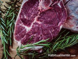 Todo lo que tienes que saber sobre las carnes rojas, pollo, pescado y huevos (la guía rápida)