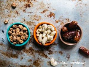 Todo lo que tienes que saber acerca de los saludables frutos secos y semillas