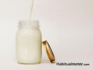 Todo lo que tienes que saber sobre el yogurt, la leche y todos los lácteos